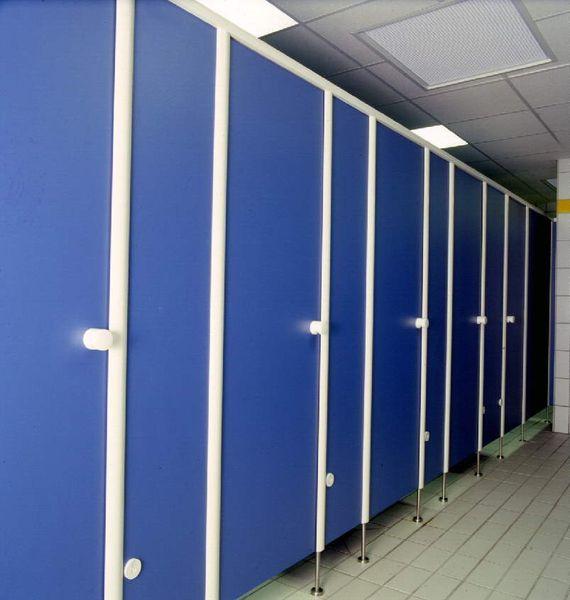 Firma Röhl: WC - Trennwände